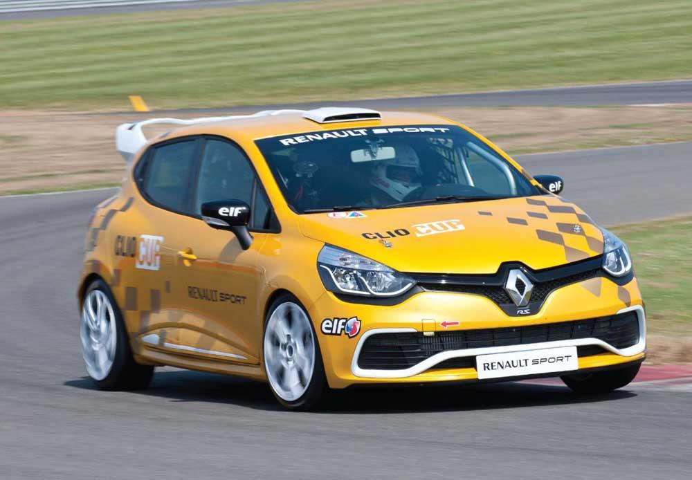 Photo of Renault Clio Cup Race με 220 ίππους!