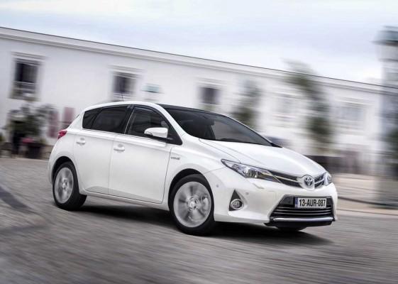 Toyota-Auris_HSD-Hybrid_caroto_test_2013 (2)
