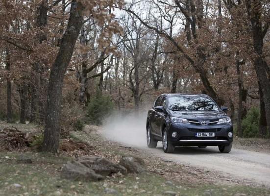 Toyota-RAV4_D-4D--diesel-FWD-caroto-test (6)