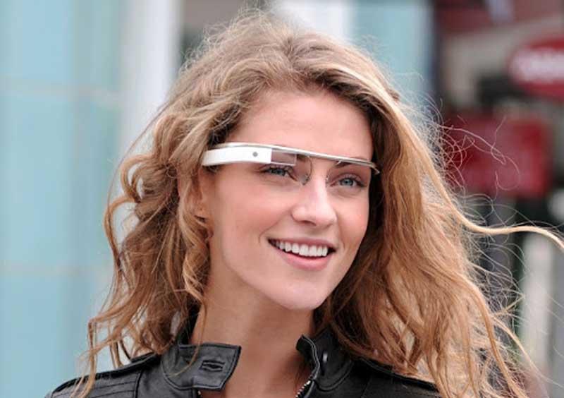 Photo of Παράνομη κατά την οδήγηση η χρήση γυαλιών Google!