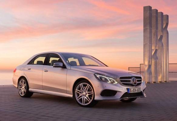 Mercedes-Benz-E-Class_2014_1000_45