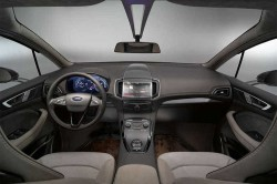 TOUCH-SCREENS-3-ford-s-max-concept
