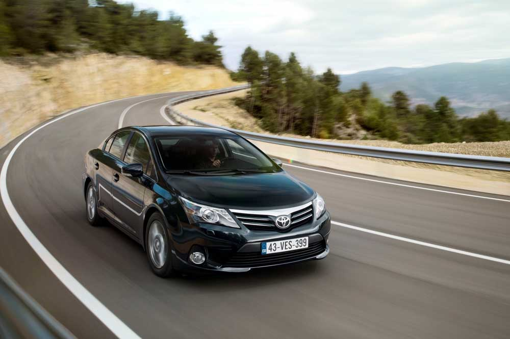 Photo of Toyota Avensis 1.6 Valvematic [test drive]
