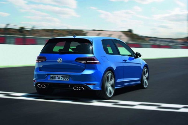 Volkswagen-Golf-R-new-photos-frankfurt (2)