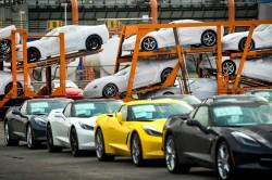 2014-Chevrolet-Corvette-2345 (2)