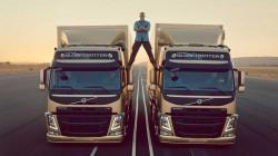 Volvo Trucks_The Epic Split (3)