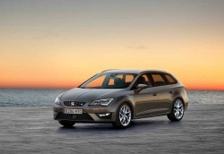 Seat-Leon_ST_2014_1024x768_wallpaper_07