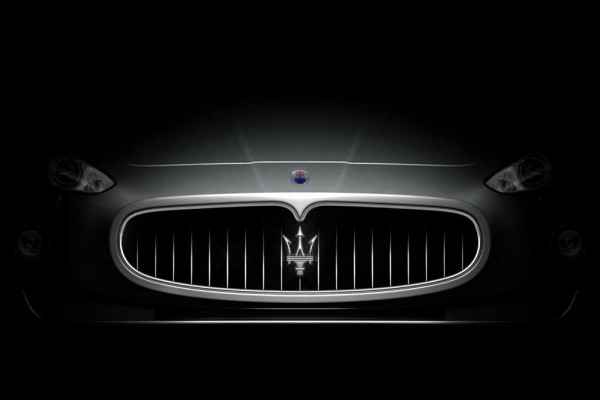 maserati_logo_wallpaper_2-normal