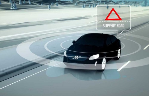 Volvo Car-2-Car  and Car-2-Object communication technology (1)