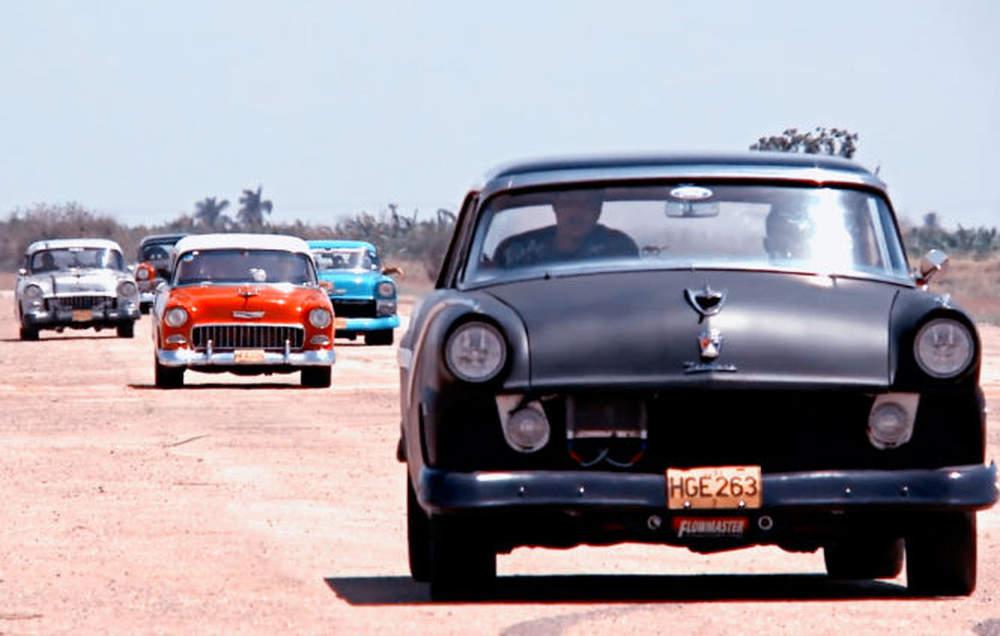 Photo of Αγώνες αυτοκινήτων στην Κούβα [vid]