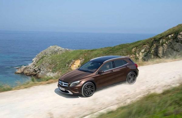 Mercedes-Benz-GLA-200-CDI-caroto-test-drive-2014 (9)