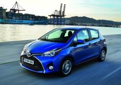 Toyota-Yaris_2015_1000_new (3)