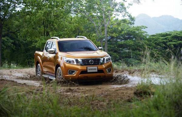 2015 Nissan Navara officila revealed (22)