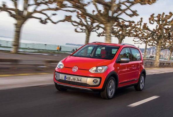 Volkswagen-Cross_Up_2014_caroto_test_drive (1)