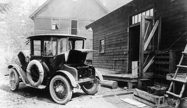 Detroit Electric 1913-39 with 130 km autonomy drivetrain (1)