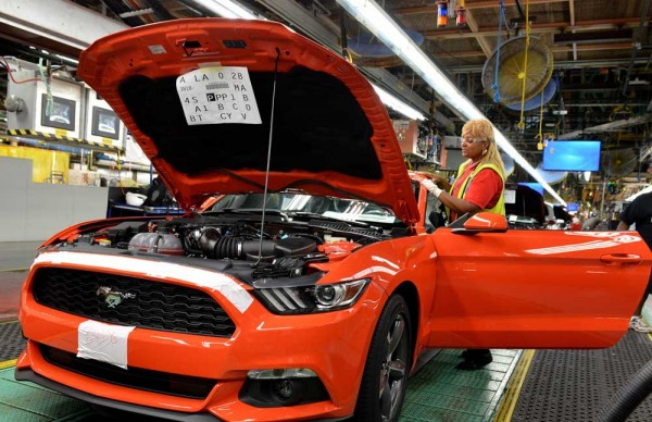 Ford-Mustang-production-3