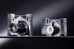 Links Aluminiumkolben, rechts der neue Stahlkolben von Mercedes-