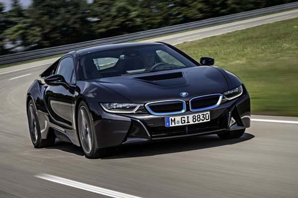 Photo of BMW i8S, ο εχθρός του καλού