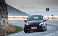 Ford Fiesta Black 140 PS test drive caroto 2014 (2)