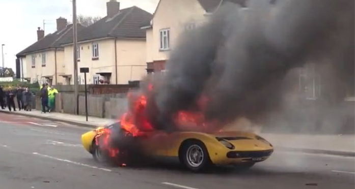 Photo of Αποκαΐδια έγινε μία Lamborghini Miura από λάθος μπουζί [vid]