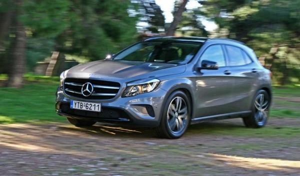 Mercedes-Benz GLA 200 caroto test drive 2015 (21)