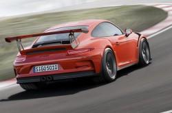 2015 Porsche 911 GT3 RS Geneva (6)