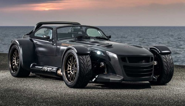Donkervoort-D8_GTO_Bare_Naked_Carbon_Edition_2015_1000 (1)