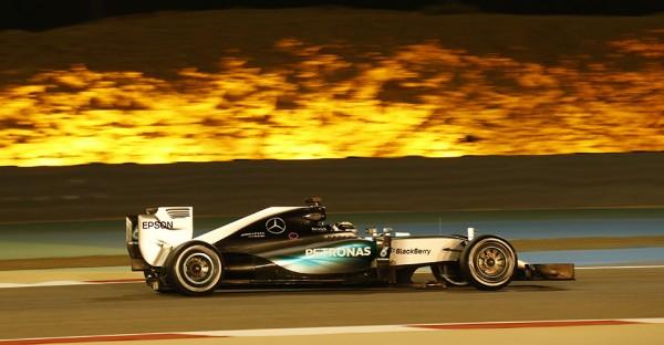 hamilton-wins-bahrain-2015