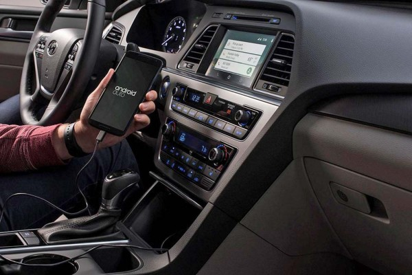 2015 Hyundai Sonata with Android Auto (1)