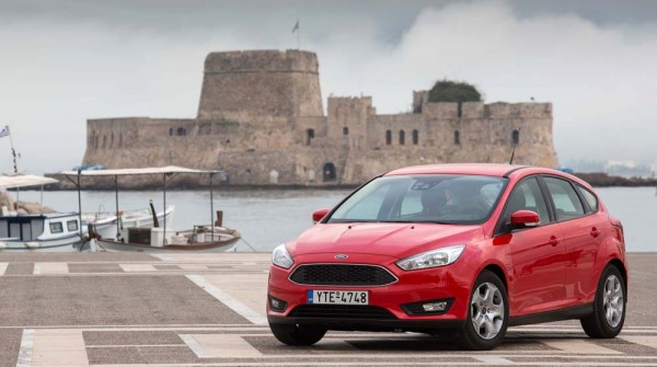 Ford Focus Ecoboost 180 PS caroto test drive 2015 (1)