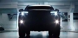 TOYOTA-HILUX-TEASER-VIDEO