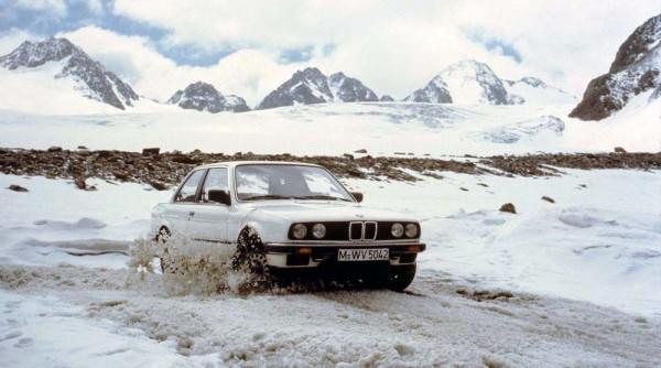 BMW 325i Allrad E30 (2)