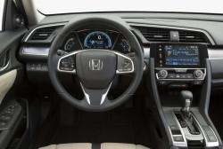 Honda-Civic_Sedan_2016_1000 (7)
