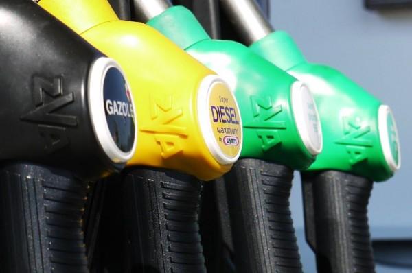 diesel-vs-gasoline-fuel