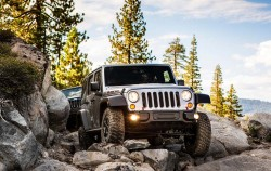 Jeep-Wrangler_Rubicon_10th_Anniversary_2013