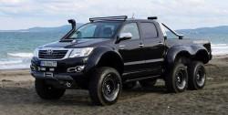 Toyota-Hilux-6x6-VROMOS-1