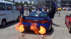 Honda NSX with Flamethrower Exhaust