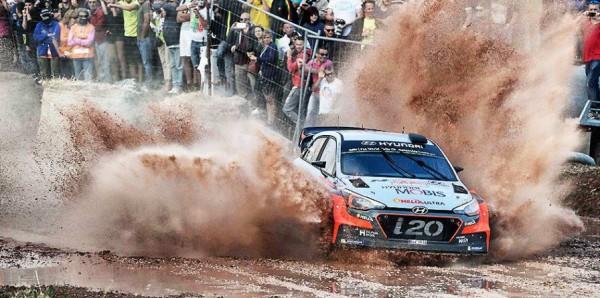 HYUNDAI-I20-WRC-RALLY-ITALIA-2016