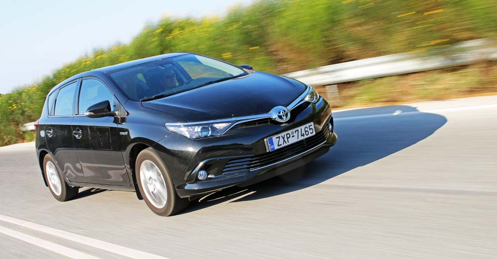 Photo of Toyota Auris HSD [test drive]
