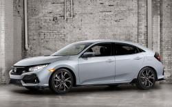 Honda-Civic_Hatchback-2017 (3)