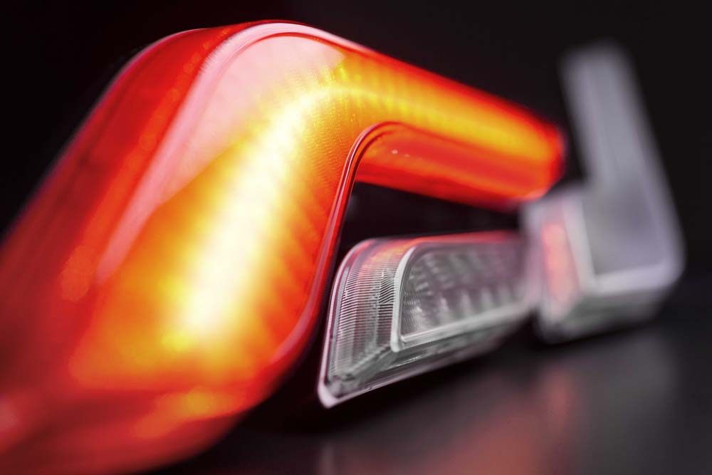 Photo of Η HELLA παρουσίασε νέα σειρά φώτων για επαγγελματικά οχήματα