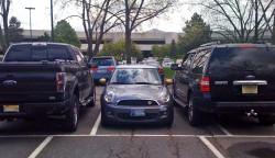 suv parking (2)