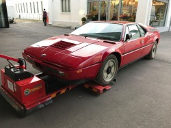 BMW M1 old dusted  (1)