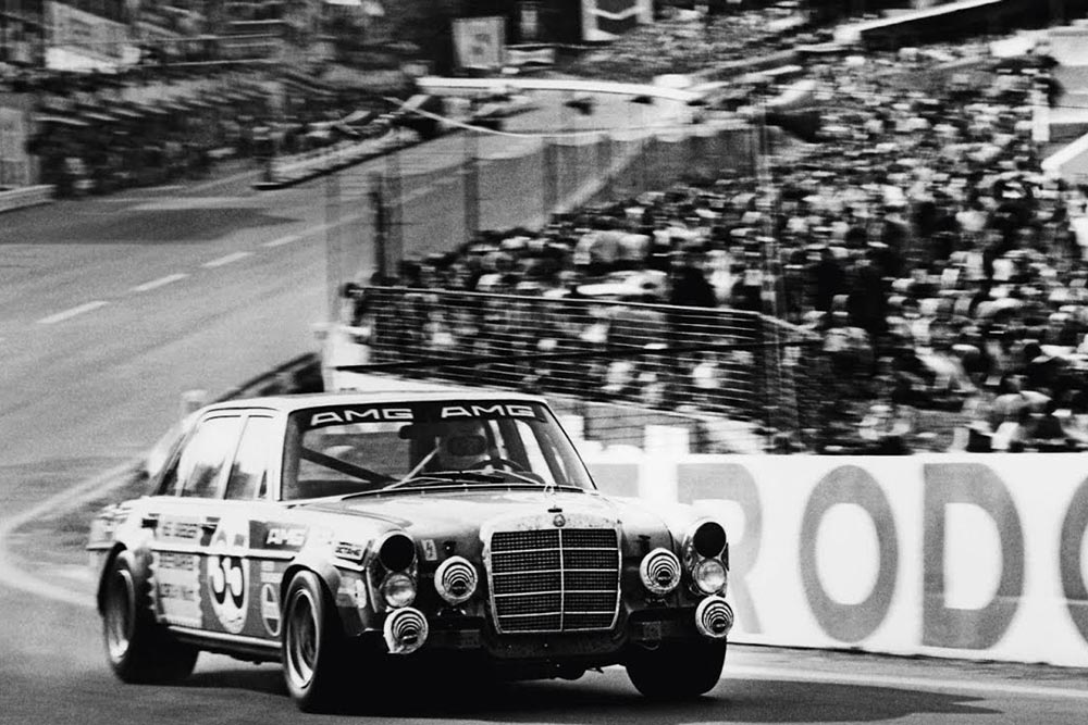 Photo of 50 χρόνια Mercedes-AMG [vid]