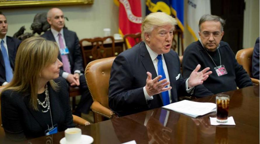 Photo of Μαστίγιο και καρότο από τον Trump στους κατασκευαστές αυτοκινήτων!