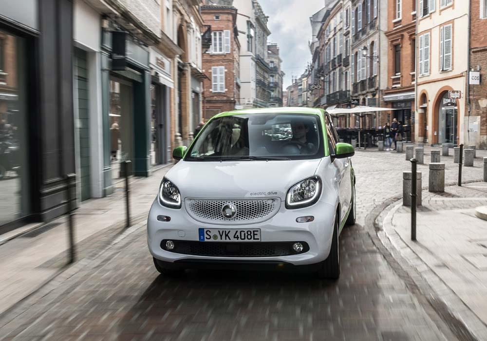 Photo of Daimler: Γιατί η Mercedes χρειάζεται την Smart;