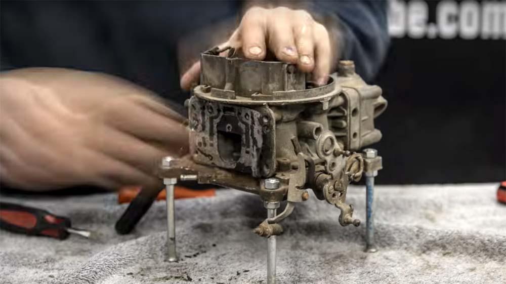 Photo of Δείτε μία επισκευή καρμπυρατέρ σε μόλις 3 λεπτά [vid]