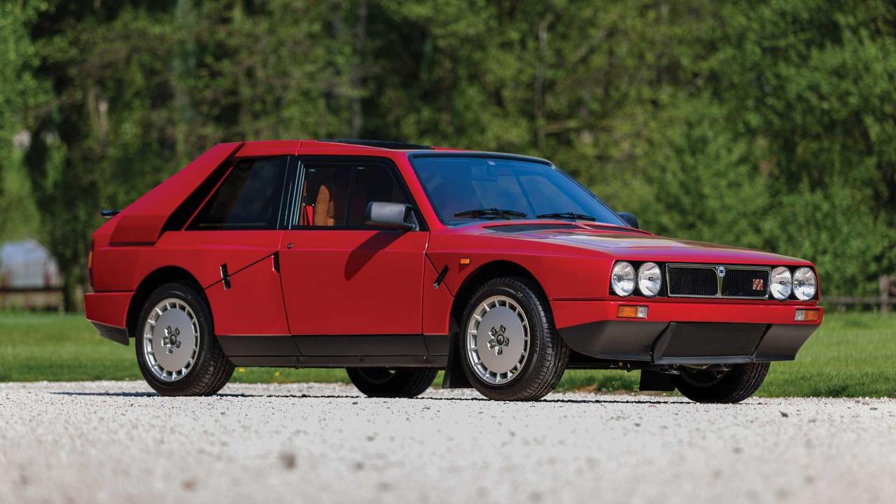 Photo of Πωλείται μία απίστευτη Lancia Delta S4 Stradale [vid]