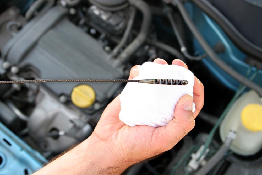 Photo of Χρηστικό: Πως μπορώ να ελέγξω τα λιπαντικά του κινητήρα;