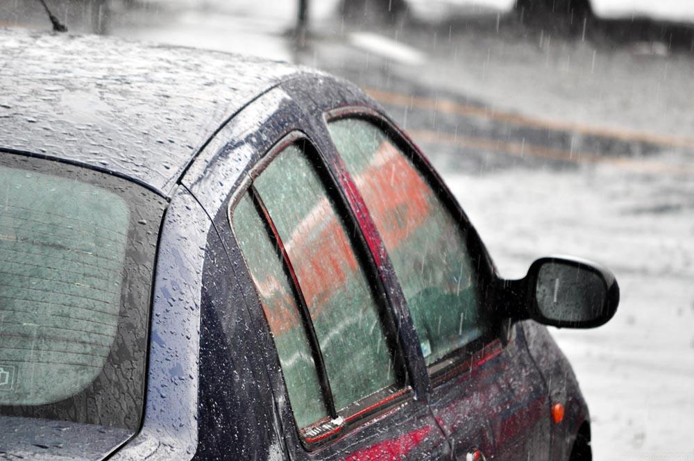 Photo of Χρηστικό: Τι κάνω αν σβήσει ο κινητήρας στη βροχή;